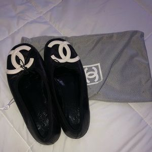Chanel quilted flats size 39 (U.S 9)